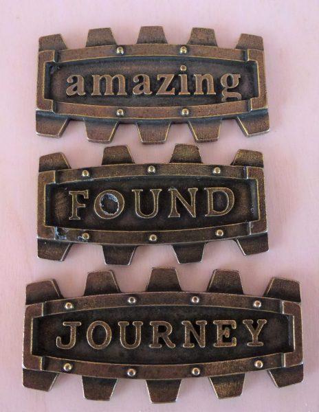 Set di placchette Journey - abbellimento in metallo (3 pezzi)