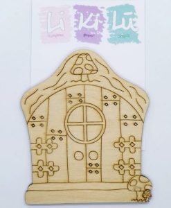 La porta del folletto - Abbellimenti in legno